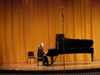 Robert carl piano