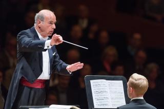 Matthias conducting