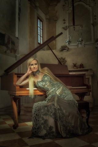 Dominika piano