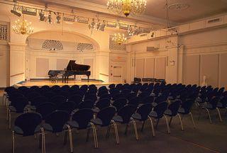 Mannes hall