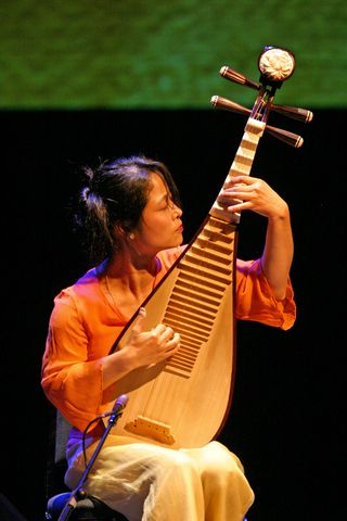 Wu Man performs in Santa Fe