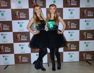 Harp twins 6