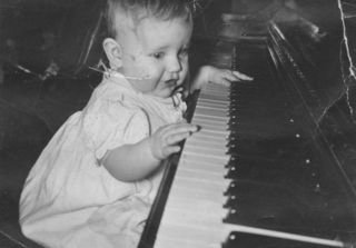 Marcia-baby-piano