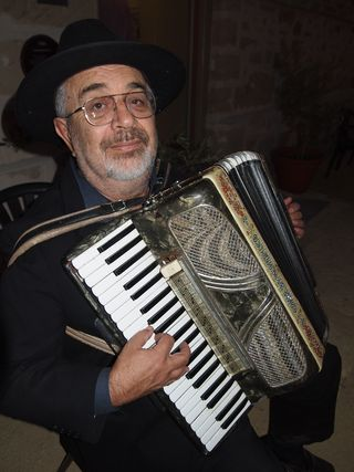 Bolleter accordion 1