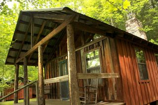 Raptor trail cabin