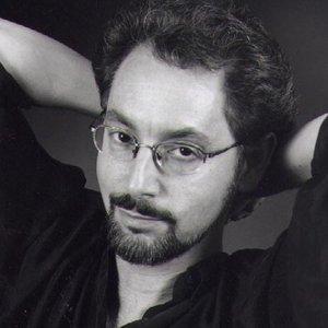 Richard Niles Black and white