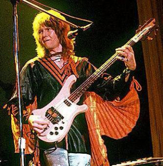 Chris squire cape