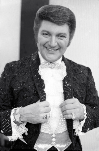 Johnny Knapp liberace
