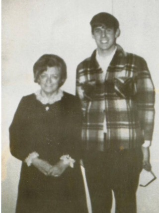 Ronnie Williams and mother maybelle